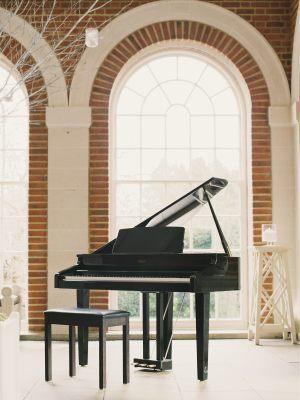 Simon Grand | Contemporary Wedding Pianist in Sussex