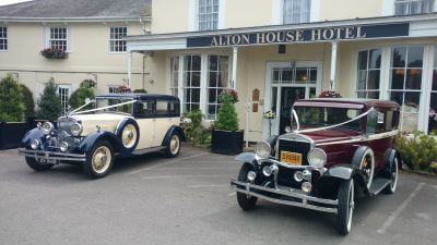 Pianist for Alton House Hotel Hampshire | Simon Grand